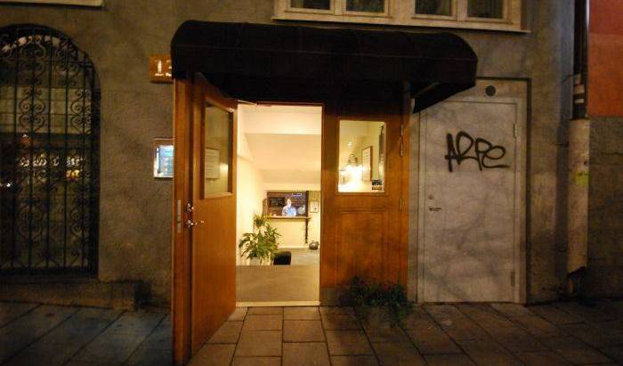 Skanstulls Hostel - Search for free rooms and guaranteed low rates in Stockholm, how to use points and promotional codes for travel in Gävleborg (Gävleborgs Län), Sweden 3 photos