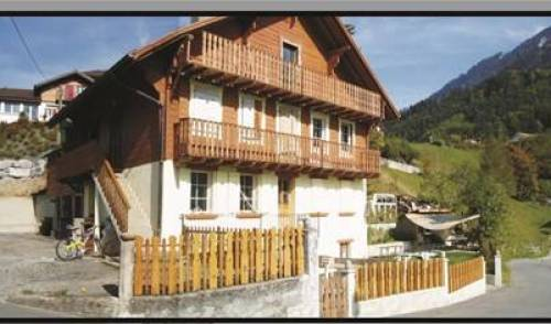 Appartement A Broc - Search available rooms for hotel and hostel reservations in Broc 10 photos
