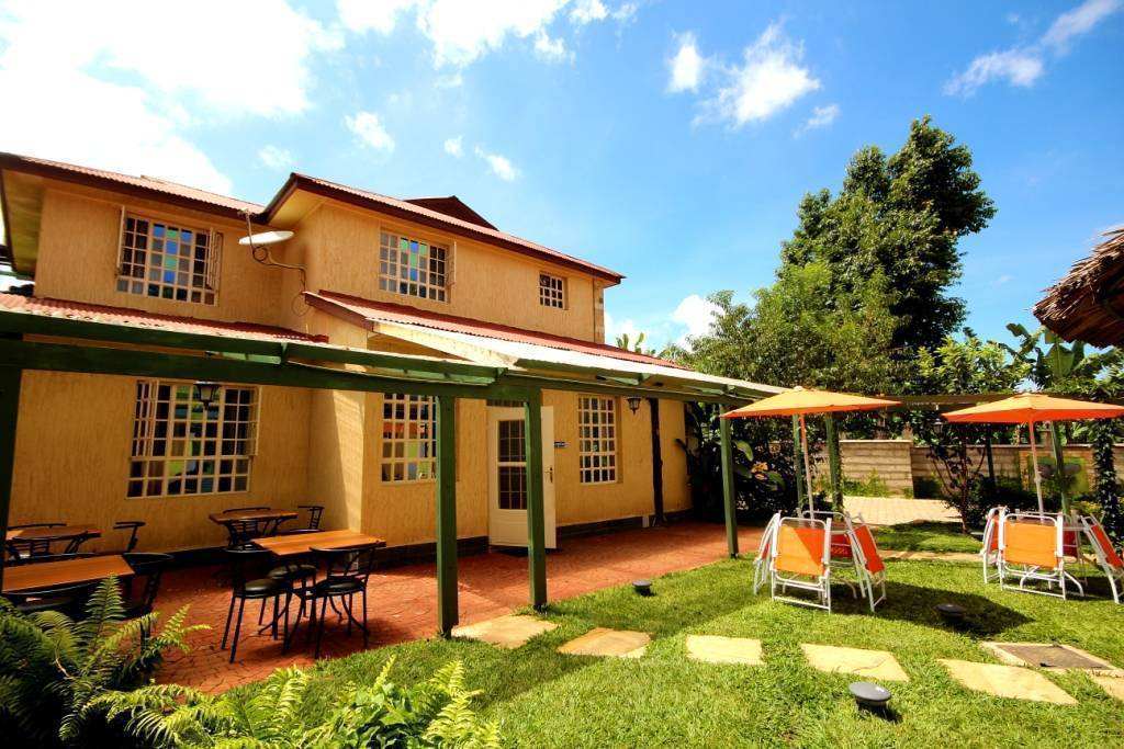 Crest Safari Lodge, Arusha, Tanzania, Tanzania hôtels et auberges