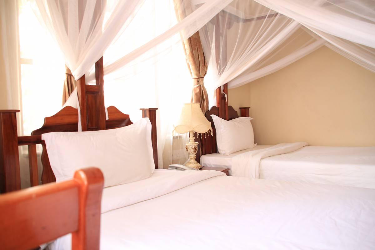 Red Sun Hotel, Zanzibar, Tanzania, compare with famous sites for hotel bookings in Zanzibar