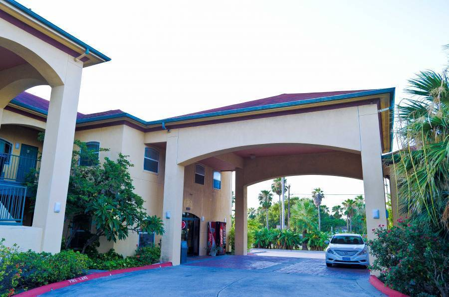 Texas Inn and Suites, Edinburg, Texas, Texas hotels and hostels