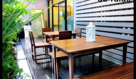 De Talak Hostel - Search available rooms for hotel and hostel reservations in Bangkok 5 photos