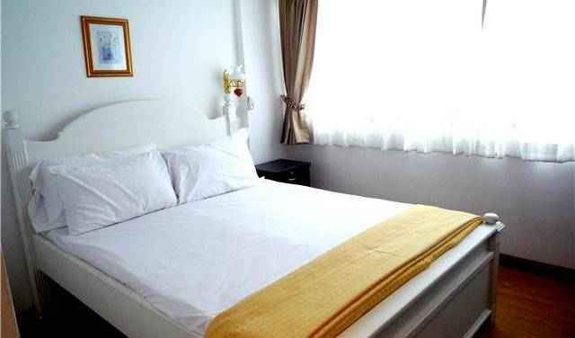 MHC-Guesthouse - Search available rooms for hotel and hostel reservations in Bangkok 11 photos