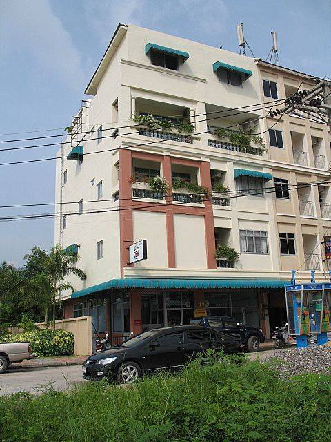 Dive-Den, Patong Beach, Thailand, Thailand hotels and hostels