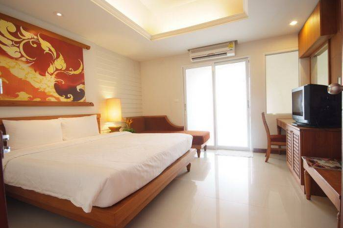 First Bungalow Beach Resort, Amphoe Ko Samui, Thailand, hotels with travel insurance for your booking in Amphoe Ko Samui