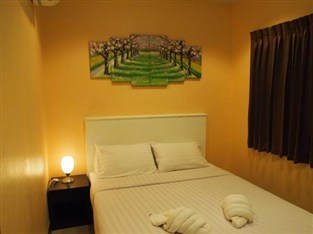 J.K. House, Patong Beach, Thailand, affordable guesthouses and pensions in Patong Beach
