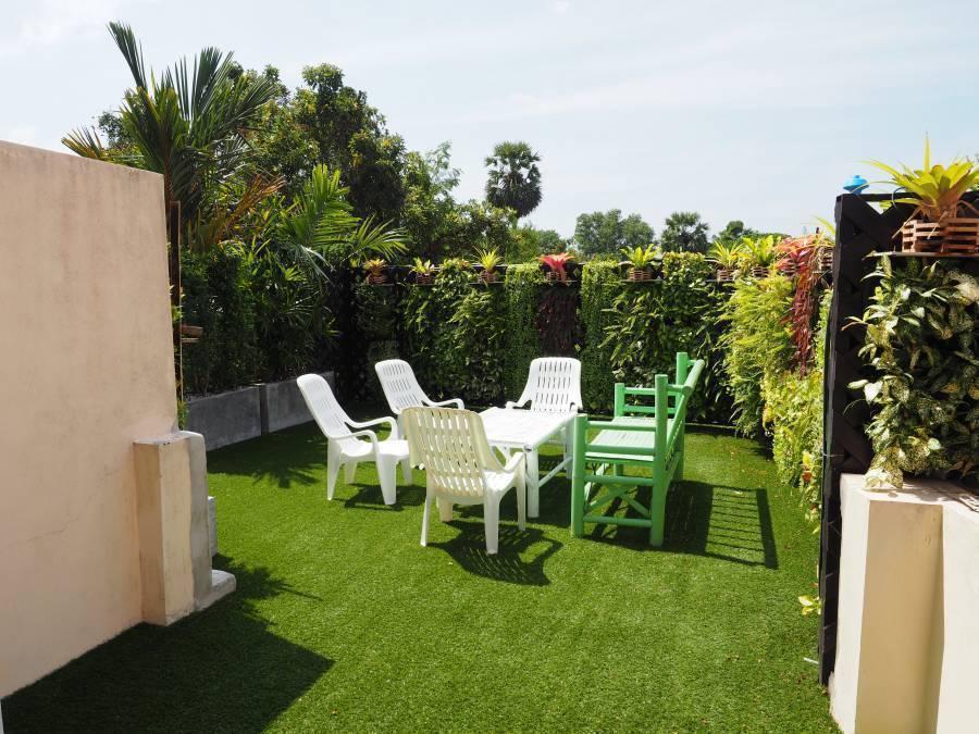KaronLivingRoom Hotel, Karon Beach, Thailand, Hoteller, moteller, vandrerhjem og seng & frokoster i Karon Beach