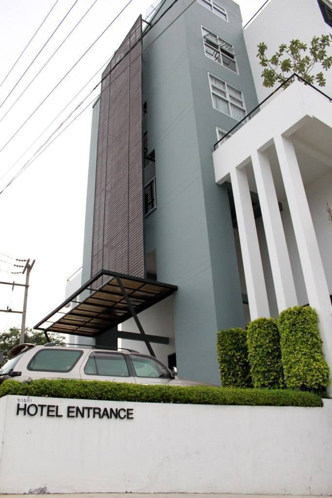 Manita Boutique Hotel, Bang Lamung, Thailand, best travel website for independent and small boutique hotels in Bang Lamung