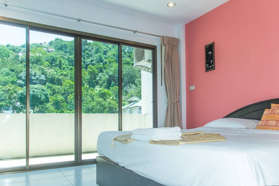 Patong Bay Guesthouse, Ban Patong, Thailand, Thailand hotels and hostels