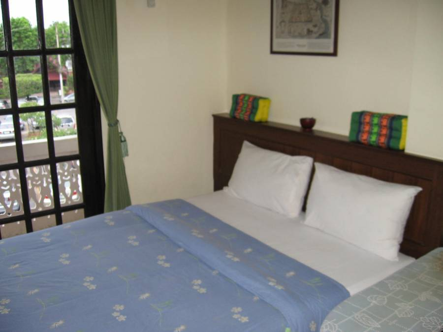 Queen Victoria Inn, Chiang Mai, Thailand, really cool hotels and hostels in Chiang Mai