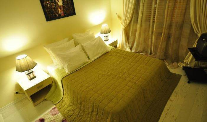 Rental House Istanbul Atakoy 4 - Search available rooms for hotel and hostel reservations in Istanbul, save on hotels with Instant World Booking in Bakırköy 5 photos