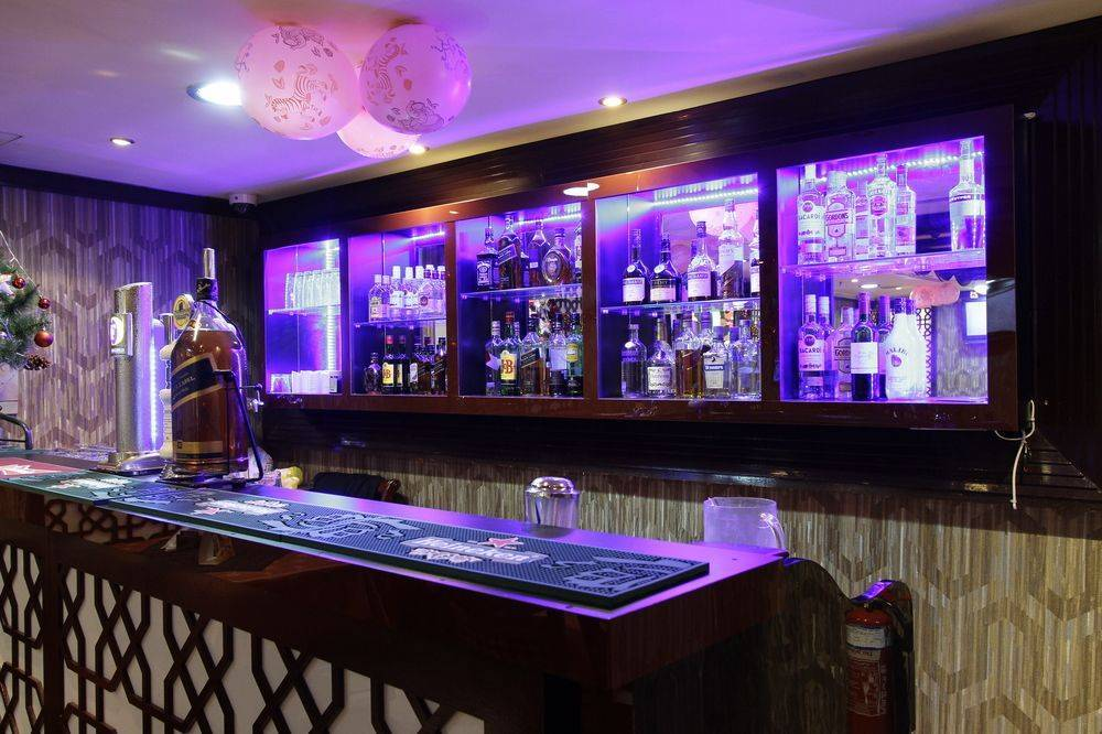 Dorus Hotel Reservations Dubai Find Rooms At A Hotel In Dubai United Arab Emirates Instant World Booking