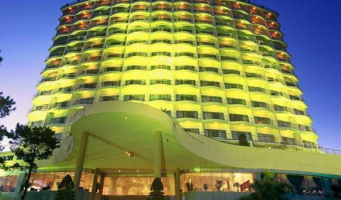 Sai Gon Ha Long Hotel 12 ảnh