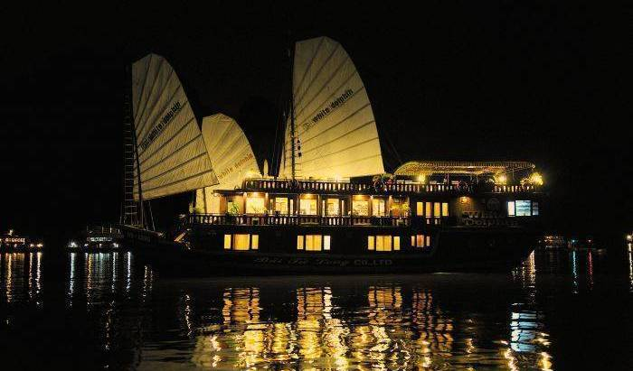 White Dolphin - Search for free rooms and guaranteed low rates in Ha Long 16 photos