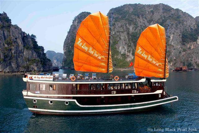 Halong Black Pearl Junk, Ha Long, Viet Nam, Viet Nam hotels and hostels