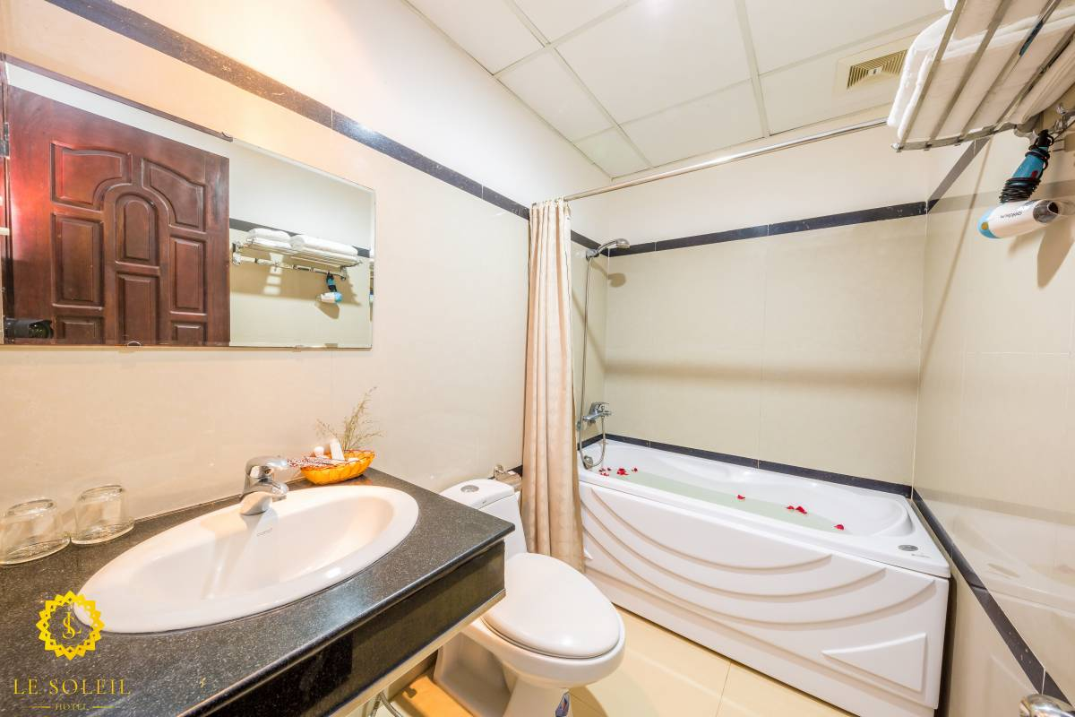 Le Soleil Hotel, Nha Trang, Viet Nam, backpackers gear and staying in hostels or budget hotels in Nha Trang
