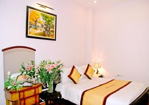 Queen Star Hotel, Ha Noi, Viet Nam, hotels with free wifi and cable tv in Ha Noi