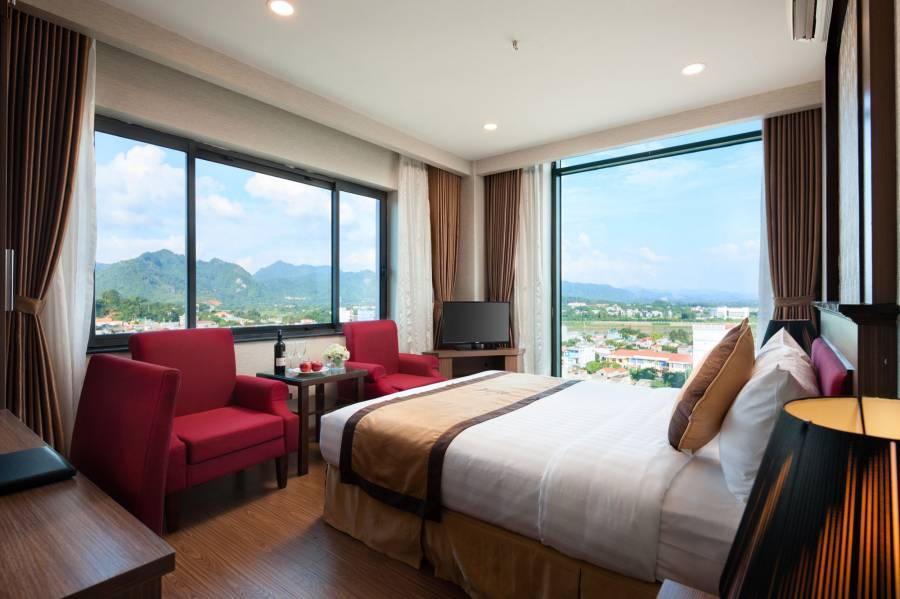 Royal Place Hotel, Tuyen Quang, Viet Nam, youth hostel and backpackers hostel world accommodations in Tuyen Quang