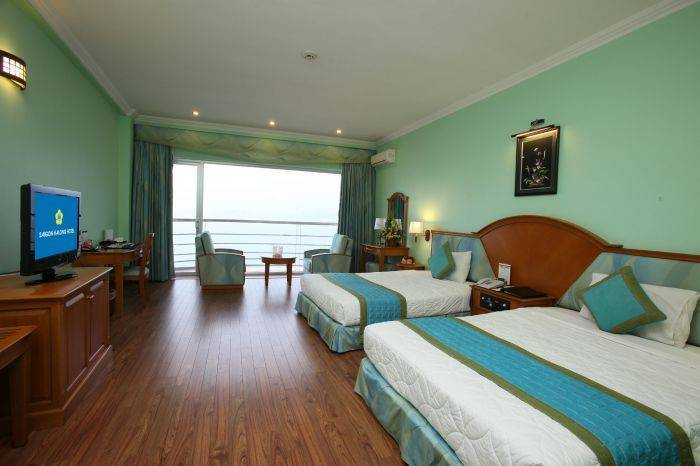 Sai Gon Ha Long Hotel, Ha Long, Viet Nam, what is a hostel? Ask us and book now in Ha Long