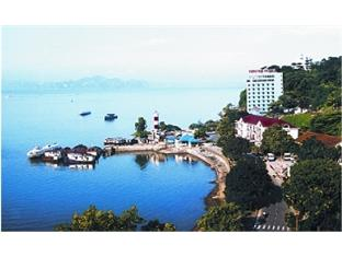 Van Hai Halong Hotel, Ha Long, Viet Nam, hotels within walking distance to attractions and entertainment in Ha Long