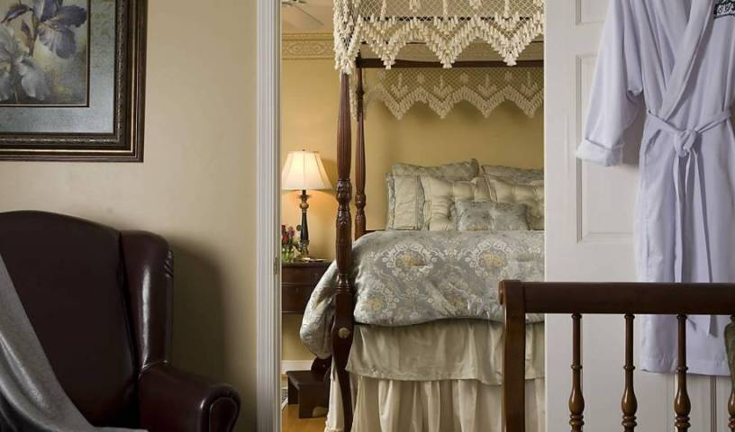 Colonial Gardens Bed and Breakfast - Get low hotel rates and check availability in Williamsburg 7 photos