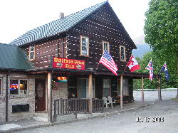 Buffalo Run Inn, Marblemount, Washington, Washington hotels and hostels