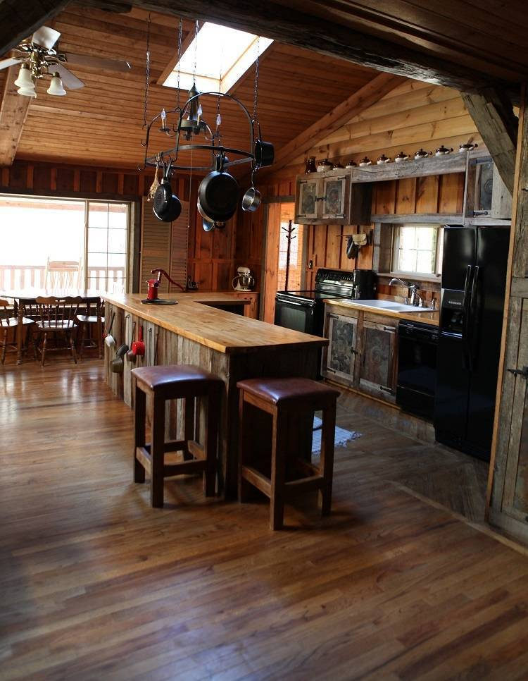 Appalachian River Lodges, Prince, West Virginia, local tips and recommendations for hotels, motels, hostels and B&Bs in Prince