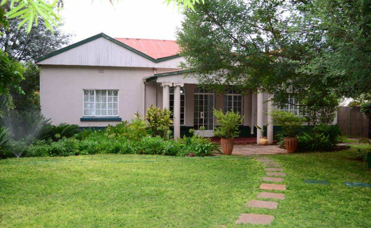 Breeze Guest House, Bulawayo, Zimbabwe, Zimbabwe hotels and hostels