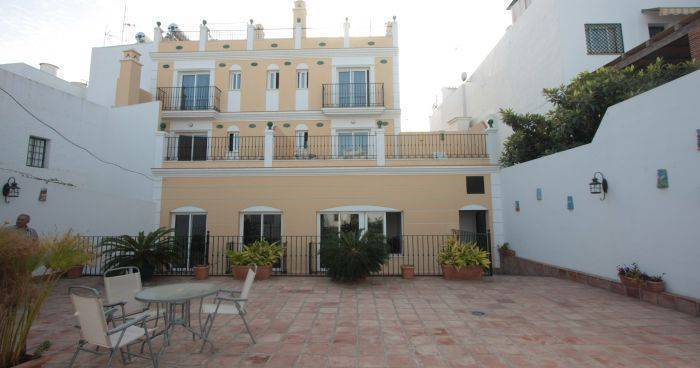 hotel bookings in Nerja