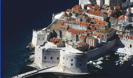 Search availability for the best hotels in Dubrovnik