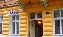 backpackers hostels hiking and camping in Prague, Czech Republic