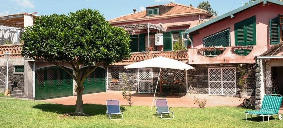 Bed And Breakfast  La Casa Del Ficus, Acireale, Italy