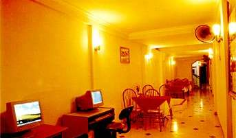 Reserve low rates for hotels and hostels in Ha Noi
