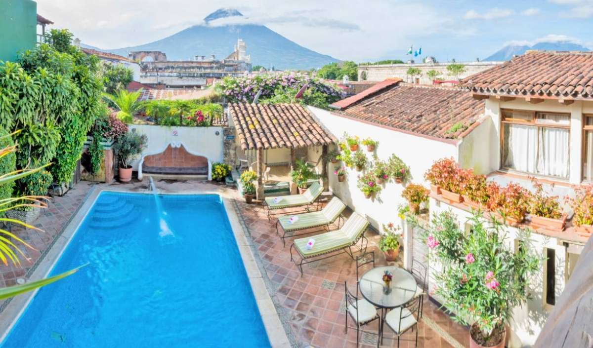 best price guarantee for hotels in Antigua Guatemala, Guatemala