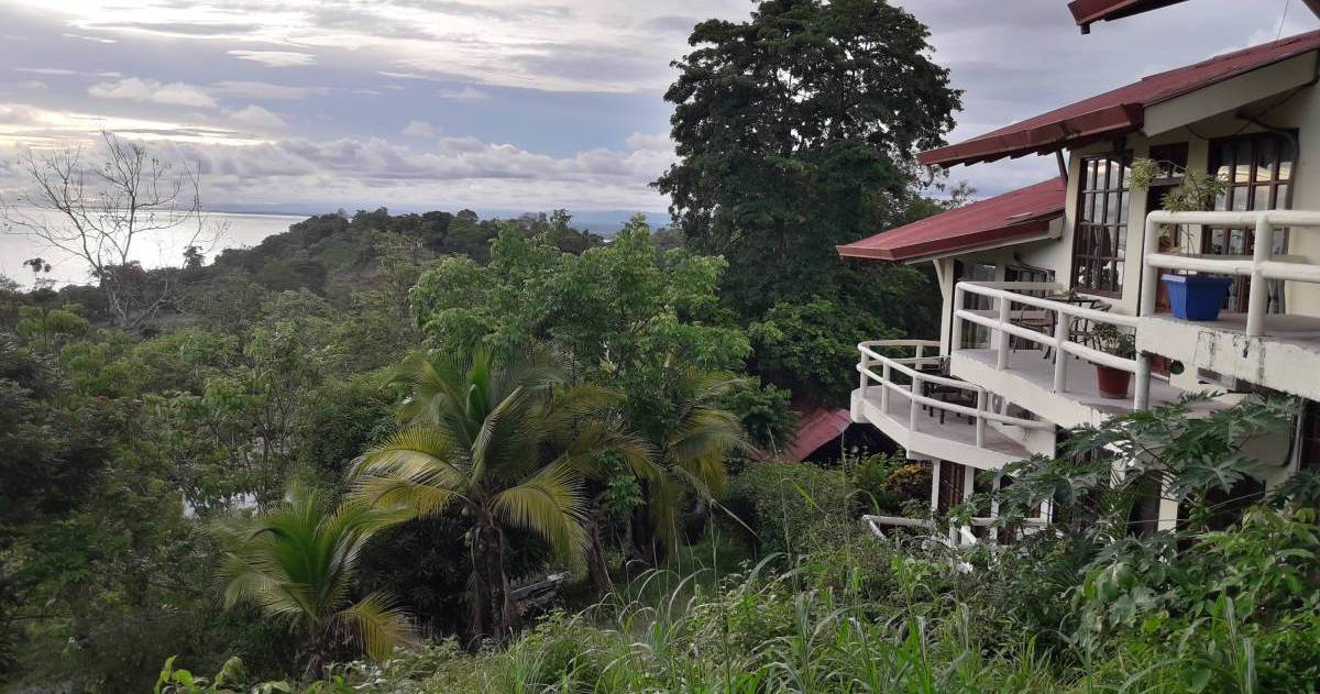 hotel reservations in Manuel Antonio