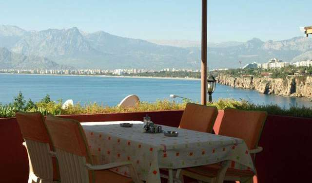compare deals on hotels in Antalya, Turkey
