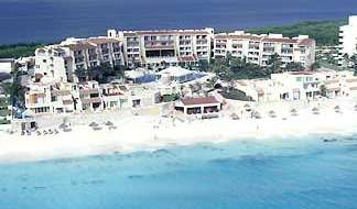 Book hotels and hostels now in Cancun