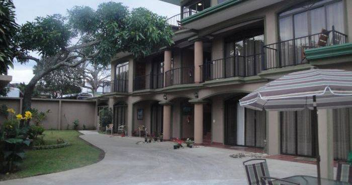 hotel reservations in Heredia